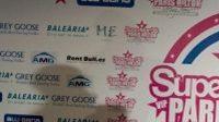 Paris Hilton při představování týmu SuperMartxe VIP