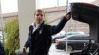 Ruský fotbalový obránce Roman Šiškin přijde kvůli otravě jídlem o mistrovství Evropy.