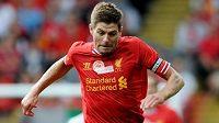Kapitán Liverpoolu Steven Gerrard.