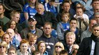 Trenér Chelsea José Mourinho s Johnem Terrym pro zápas LM nepočítá.