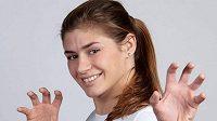 Zápasnice Adéla Hanzlíčková na mistrovství světa v Oslu prohrála v kategorii do 68 kg hned první duel, ale stále má šanci na bronzovou medaili.