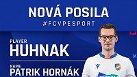 """Viktoria Plzeň představuje novou posilu Patrika """"Huhnak"""" Hornáka. Zdroj: Instagram @fcvp_esport"""