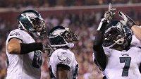 Michael Vick a jeho tým Philadelphia Eagles patří k favoritům na zisk letošního Super Bowlu
