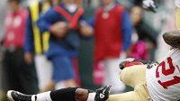 Frank Gore skóruje rozhodující touchdown