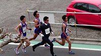 Elitní běžec si může dovolit být za elegána.