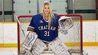 Mikayla Demaiterová ještě v hokejové výstroji.