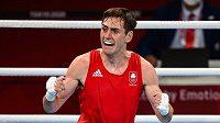 Irský boxer Aidan Walsh po zápase čtvrtfinále olympijského turnaje v Tokiu.