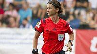Česká fotbalová rozhodčí Lucie Ratajová