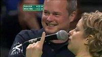 Clijstersová poštvala líbače na Wickmayerovou