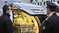 Rakev zesnulého motocyklisty Marca Simoncelliho