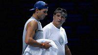 Toni Nadal, když ještě trénoval svého synovce Rafaela.