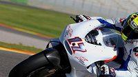 Karel Abraham při testech motocyklu Ducati ve španělském Jerezu.