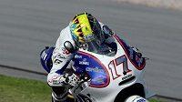 Karel Abraham se strojem Ducati při testech MotoGP v malajsijském Sepangu.