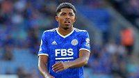 Fotbalista Wesley Fofana z Leicesteru musí podstoupit operaci nohy.