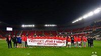 Fotbalisté Slavie se omluvili za neúčast na děkovačce v Českých Budějovicích.