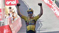 Slovinský cyklista Primož Roglič odstoupil z přípravného závodu na Tour de France Critérium du Dauphiné.