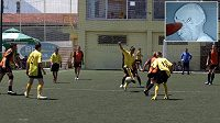 Fotbalové utkání v Sarajevu mělo neuvěřitelný konec. Gólman hrál celou dobu s kulkou v hlavě.
