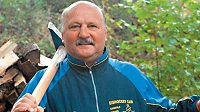 Eda Novák rád pracoval na svojí chalupě uprostřed křivoklátských lesů.