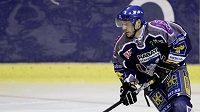 Hokejový útočník Kladna Jaroslav Kalla