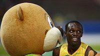 Usain Bolt s maskotem berlínského šampionátu