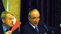 Předseda Českého olympijského výboru Milan Jirásek (vpravo) může být spokojen