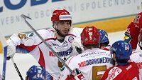 Jedna ze strkanic mezi Rusy a českými hokejisty
