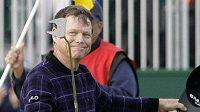 Americký golfista Tom Watson se raduje po 3. kole British Open