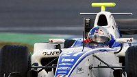Pětinásobný mistr světa v rallye Sébastien Loeb při testech vozu GP2 stáje DPR na okruhu v Jerezu.