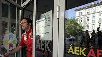 Massu byl v budapešťské nemocnici navštívit i šéf stáje Ferrari Stefano Domenicali