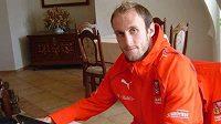 Reprezentační obránce Roman Hubník bude i v příští sezóně působit v týmu Hertha Berlín.