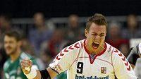 Nejlepší český házenkář Filip Jícha se raduje z gólu.