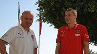 Trenér fotbalové reprezentace Michal Bílek a Adam Hloušek v SAE