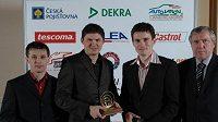 Josef Fojtík (vpravo) během vyhlašování cen Zlatý volant