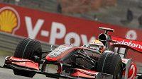 Lewis Hamilton při tréninku na Velkou cenu Belgie