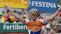 Nizozemský jezdec Rabobanku Lars Boom se raduje v cíli 15. etapy Vuelty.