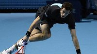 Andy Murray během utkání na Turnaji mistrů