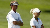 Golfistka Jessica Korda se svým otcem Petrem, bývalým tenistou.