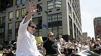 Majitel Pittsburgh Penguins Mario Lemieux zdraví fanoušky