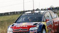 Sébastien Loeb s vozem Citroën C4 WRC na trati Australské rallye.
