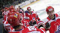 Hokejisté Jaroslavle oslavují