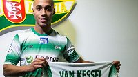 Van Kessel už zapózoval se zelenobílým dresem Lechie Gdaňsk.
