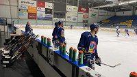 Hokejisté Vítkovic jsou po Třinci a Pardubicích třetím extraligovým klubem, který jezdí za ledem do Polska.