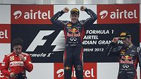 Vettel už má na stupních vítězů vyšlapaný důlek.