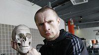 Boxer Lukáš Konečný před soubojem s Hamletem Petrosjanem.