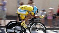 Alberto Contador při sobotní časovce na Tour.