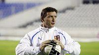 Manažer fotbalové reprezentace Vladimír Šmicer na tréninku před zápasem v Dánsku.