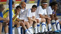 Zklamaní fotbalisté Baníku Ostrava během zápasu s Mogilevem