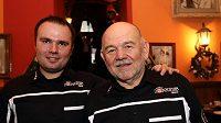 Aleš a Karel Lopraisové před odjezdem na 32. ročník Rallye Dakar.