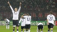 Radost fotbalistů Tottenhamu po vítězství nad AC Milán.