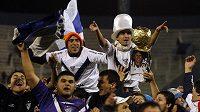 Fanoušci Vélezu oslavují titul.